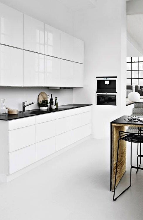 Parquet dans une cuisine modeles de cuisines equipees for Parquet dans une cuisine