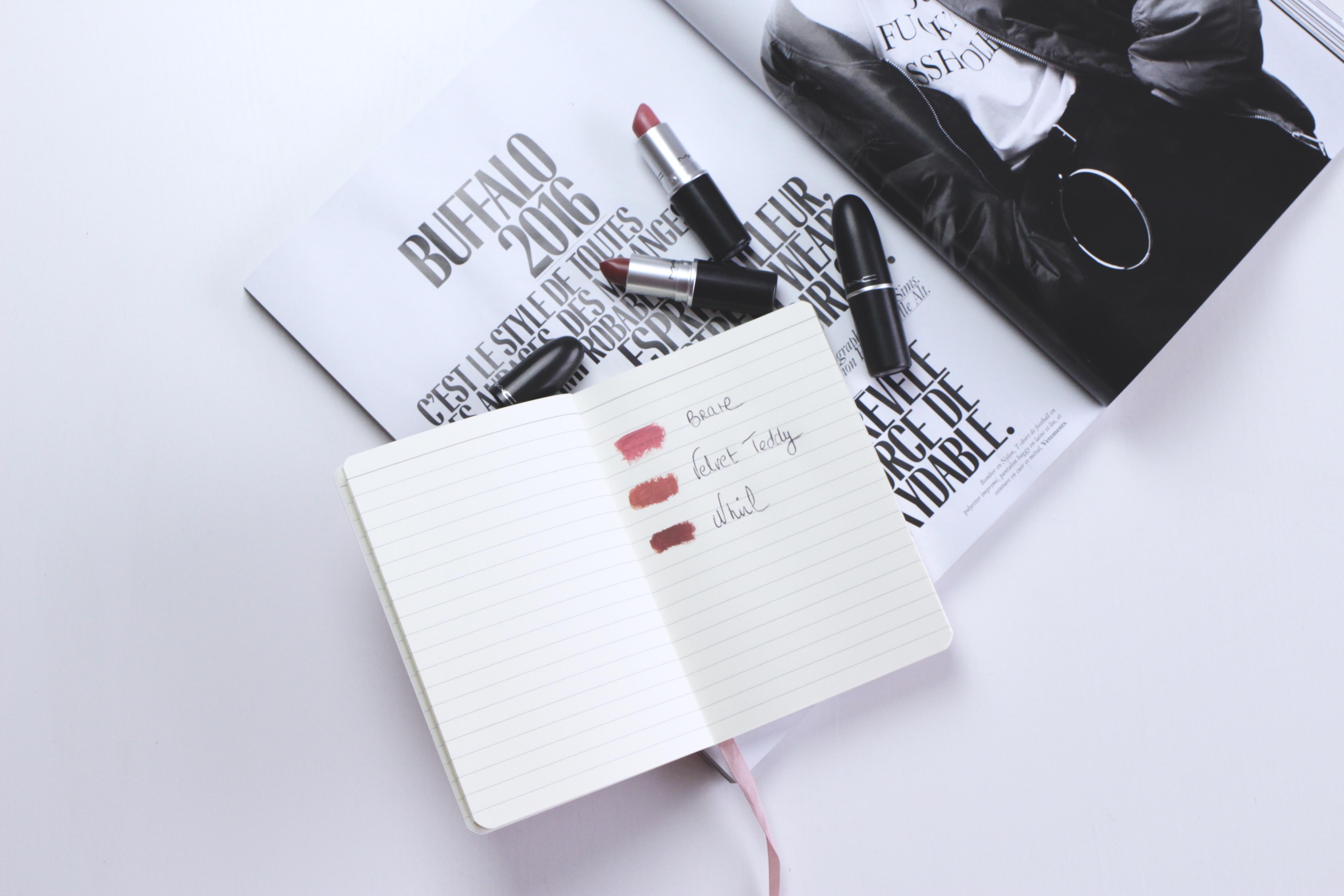 swatch mac rouge à lèvres nude