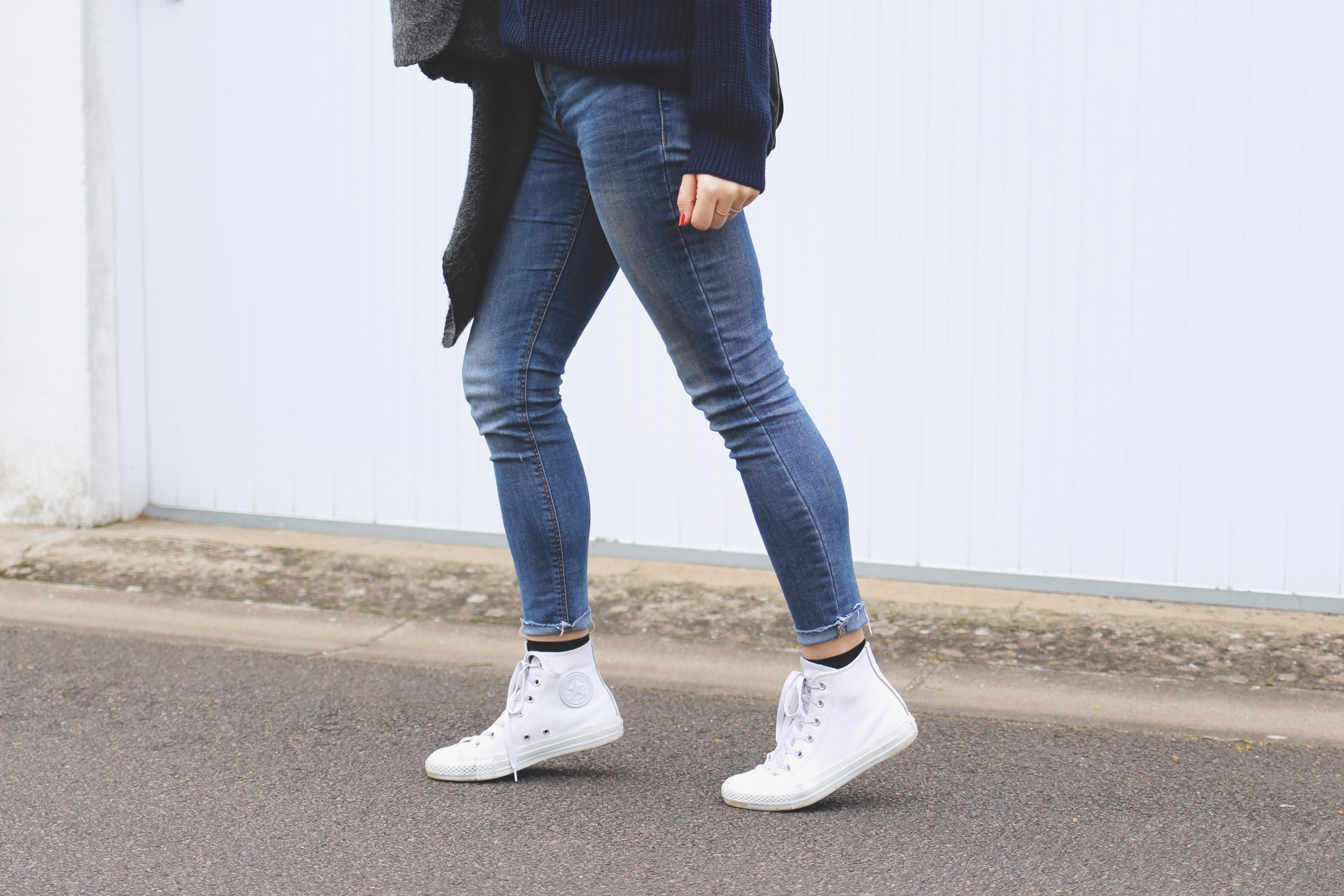 converse blanche cuir look, blog mode